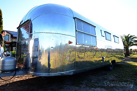 01958 Airstream Overlander nicknamed ROOSTER  St. Helena, CA