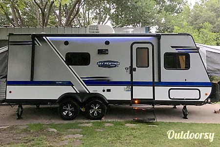 02018 Jayco Jay Feather  Forney, Texas