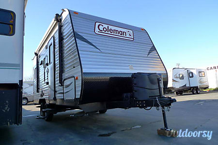 02016 Dutchmen Coleman 20  Sacramento, CA