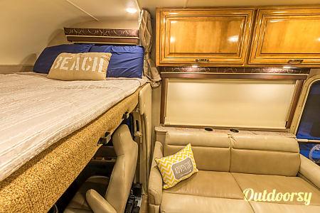 Thor Motor Coach Quantum LF31 w/Bunks NI  Naples, FL