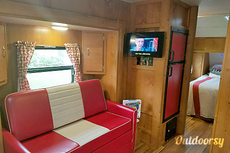 "2018 Gulf Stream Vintage Cruiser 23RSS ""Woody""  Brooksville, Florida"