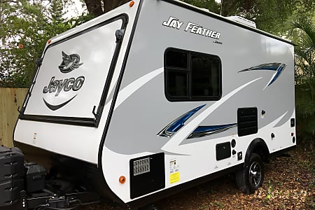 2017 Jayco Jay Feather - Delivery & Set-Up Available!  Saint Petersburg, Florida