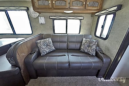 Coachmen Freedom Express - UP5  Eben, MI