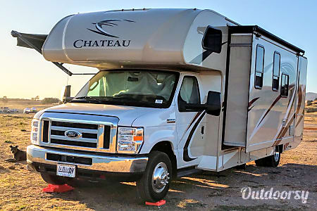 02018 Thor 28Z Chateau Class C - Sleeps 6-8  Let's Go Glamping!  Aptos, California