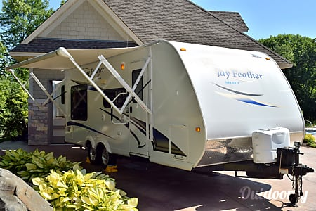 02011 Jayco Jay Feather Select  Prior Lake, MN