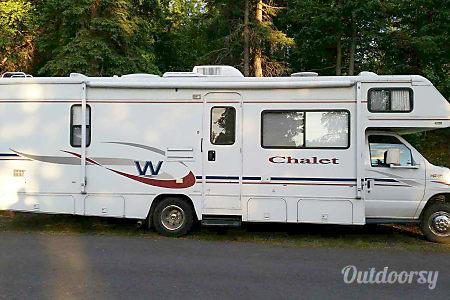 02005 Winnebago Chalet  Anchorage, Alaska