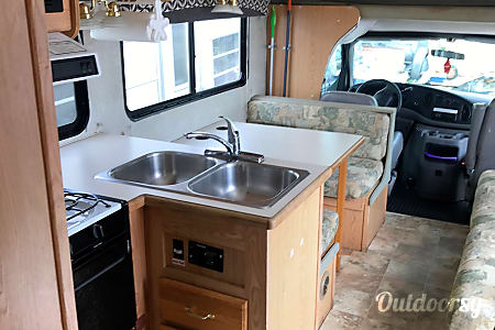30' Forest River Sunseeker (MFRSN3003)  Anchorage, AK