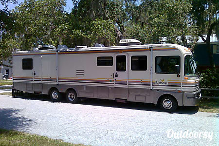 1993 Fleetwood Bounder  Nokomis, Florida