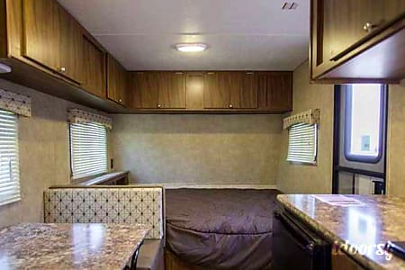 Family Fun & Light Tow - 2017, 22', Sleeps 5, 2,694 .lbs (dry)  Arvada, Colorado