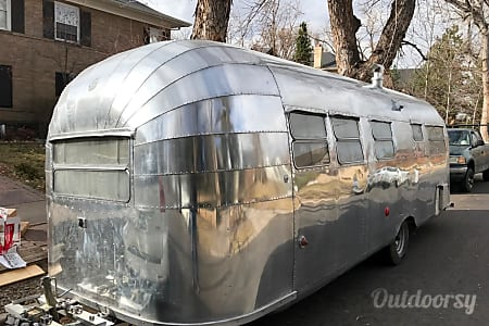 Airstream Cruiser 25'  Denver, CO