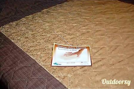 2013 sandpiper 366FL  Seagraves, Texas