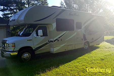 02018 Thor Motor Coach Four Winds  Pike Road, AL