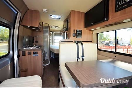 02015 Winnebago Travato  Happy Valley, Oregon