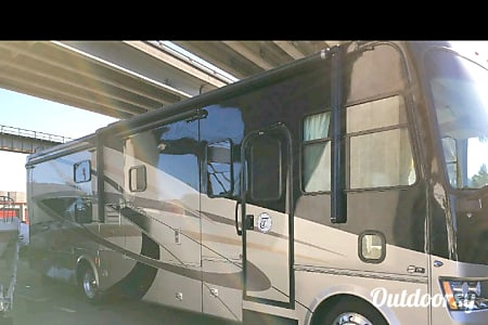 2009 Tiffin Motorhomes Allegro  Benicia, California