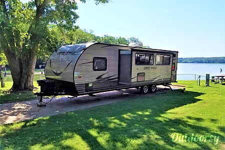 2017 Forest River Cherokee Grey Wolf 31'  Mt Juliet, TN