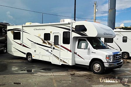 0Class C Thor Chateau 31' - Sleep 6  Dania Beach, FL