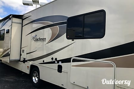 2018 Coachmen Freelander  Channahon, Illinois
