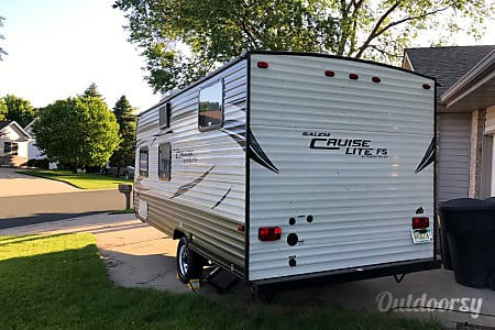 2016 Forest River Cruise Lite - 195BH  Forest Lake, Minnesota