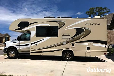 02016 Ford E450  Houston, Texas