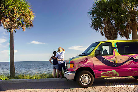 ONDEVAN CAMPERVAN #2, Rental Miami Florida !  Hallandale Beach, Florida