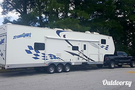 02006 Thor Motor Coach Transport  Saint Augustine, Florida