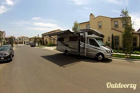 2015 Winnebago View  Irvine, California