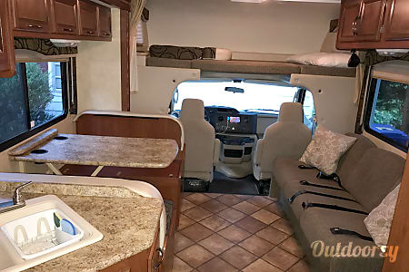 2013 Thor Motor Coach Freedom Elite 28Z  Asheville, North Carolina