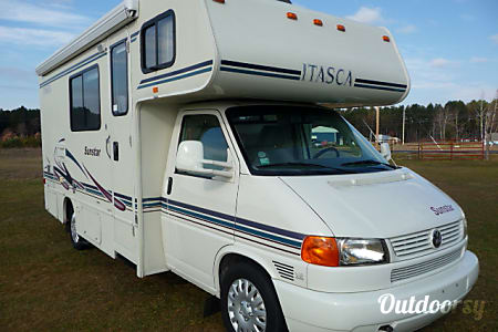 "My ""Itsy""... 2002 Itasca Sunstar  Big Rapids, Michigan"