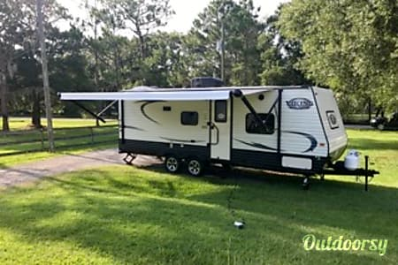 2017 Coachmen Viking 21BH  Lutz, Florida