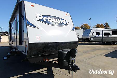 2017 Heartland Prowler 32 Feet Ready for Your Adventure  Kaufman, Texas