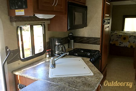 2009  Four Winds 5000 Chateau Diesel  Brush Prairie, Washington