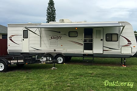 2014 Jayco Jay Flight Swift  Lehigh Acres, Florida