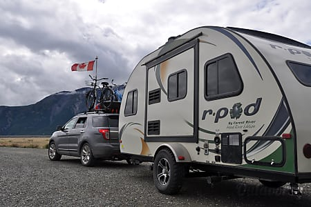 0MAT, the 2014 Forest River R-Pod 178 Hood River Edition  Hollywood, Florida