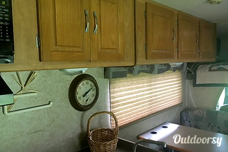 2008 Coachmen Freelander  Woodbine, New Jersey