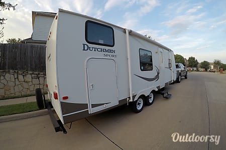 2010 Dutchmen Sport 27B  Bedford, Texas