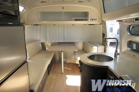 2018 Airstream International Signature 25  Denver, CO