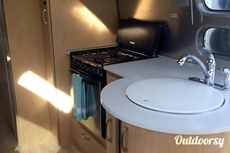 2012 Airstream Flying Cloud 25'  Denver, CO