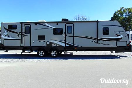 0Beautiful 2017 Bunkhouse Style Trailer!!  Mogadore, Ohio
