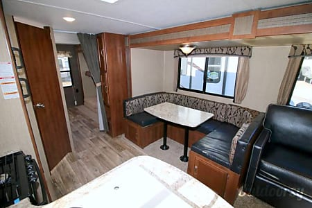 Beautiful 2017 Bunkhouse Style Trailer!!  Mogadore, Ohio