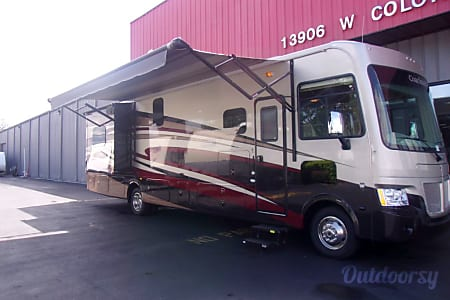 2016 Coachmen 35LS  Winter Garden, FL