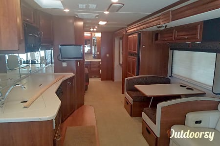 Fleetwood Southwinds 36'  Greenfield, IN