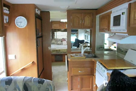 Coachmen Leprechaun  Alto, MI