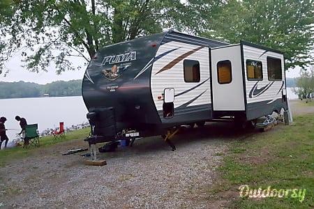 02017 29QBSS Palomino Puma  Clarksville, Tennessee
