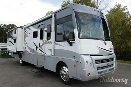 02010 Winnebago Sightseer  Rapid City, SD