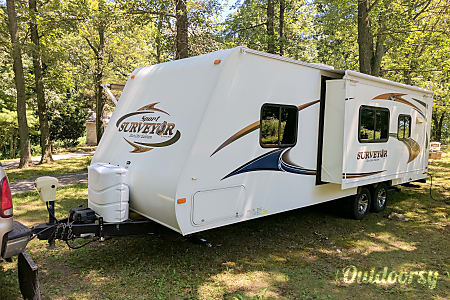 02011 Forest River Grand Surveyor Sport Eco-Lite Edition  Honey Brook, Pennsylvania