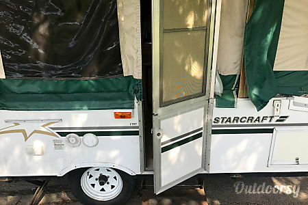 2004 Starcraft M-1707  Bridgewater, Massachusetts