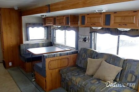 02005 Terry 32-ft Double Bunkhouse, Sleeps 10  Austin, TX