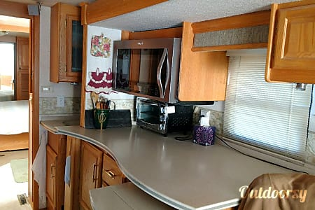 2004 Winnebago Chieftain  Wheat Ridge, Colorado
