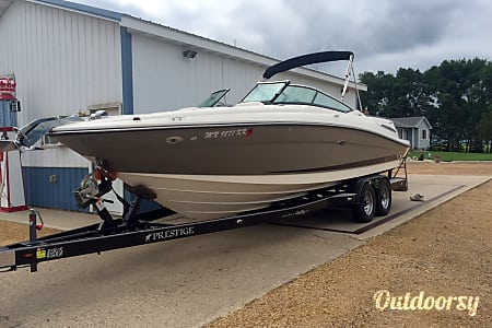 02009 sea ray select  ,