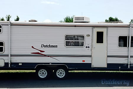 Light 2 Bedroom Travel Trailer  Bozeman, Montana